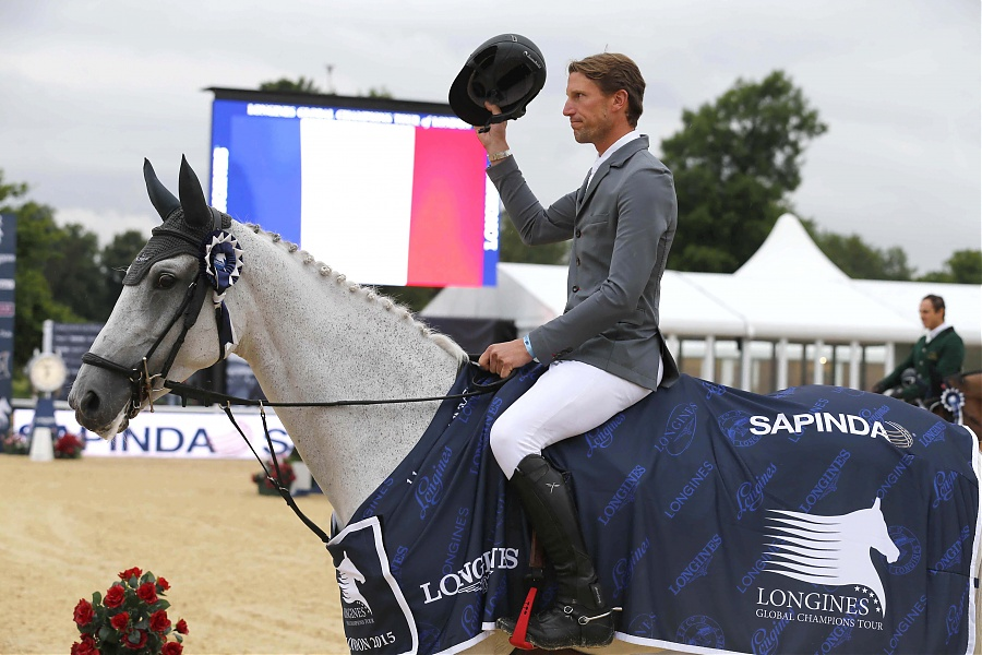 Horse Times Egypt: Equestrian Magazine :News :BATTLE OF THE TITANS AHEAD IN LONDON AS KEVIN STAUT WINS ON DAY ONE