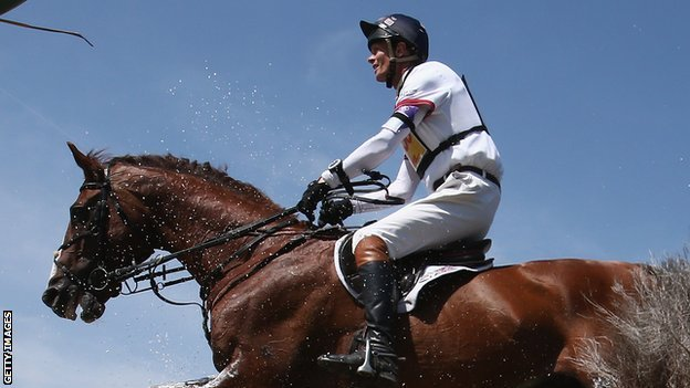 Horse Times Egypt: Equestrian Magazine :News :William Fox-Pitt in a 'stable' condition after fall in France