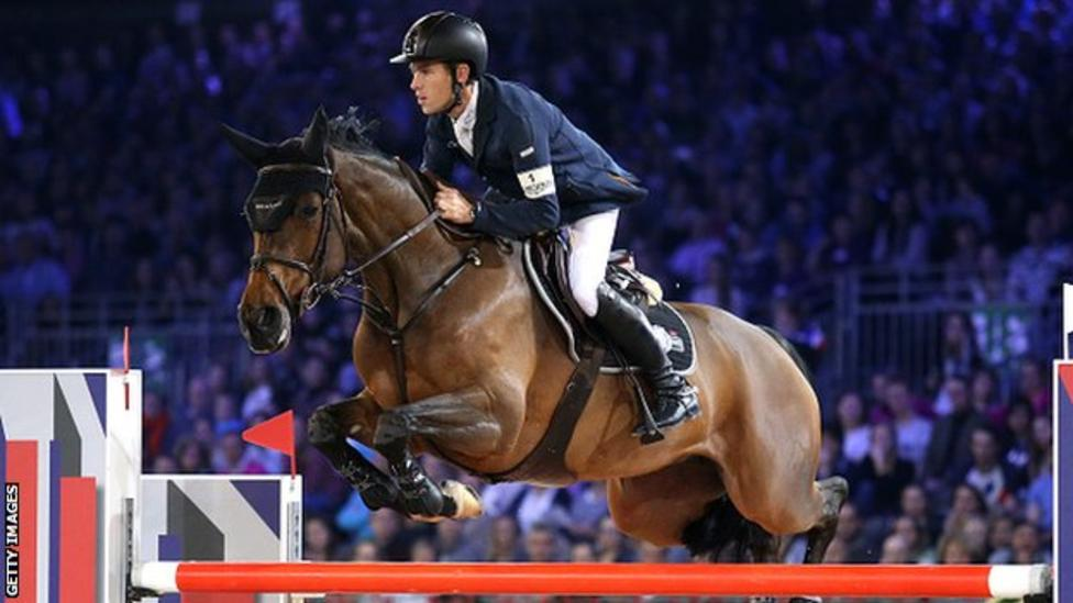 Horse Times Egypt: Equestrian Magazine :News :Scott Brash ends year as world number one show-jumper