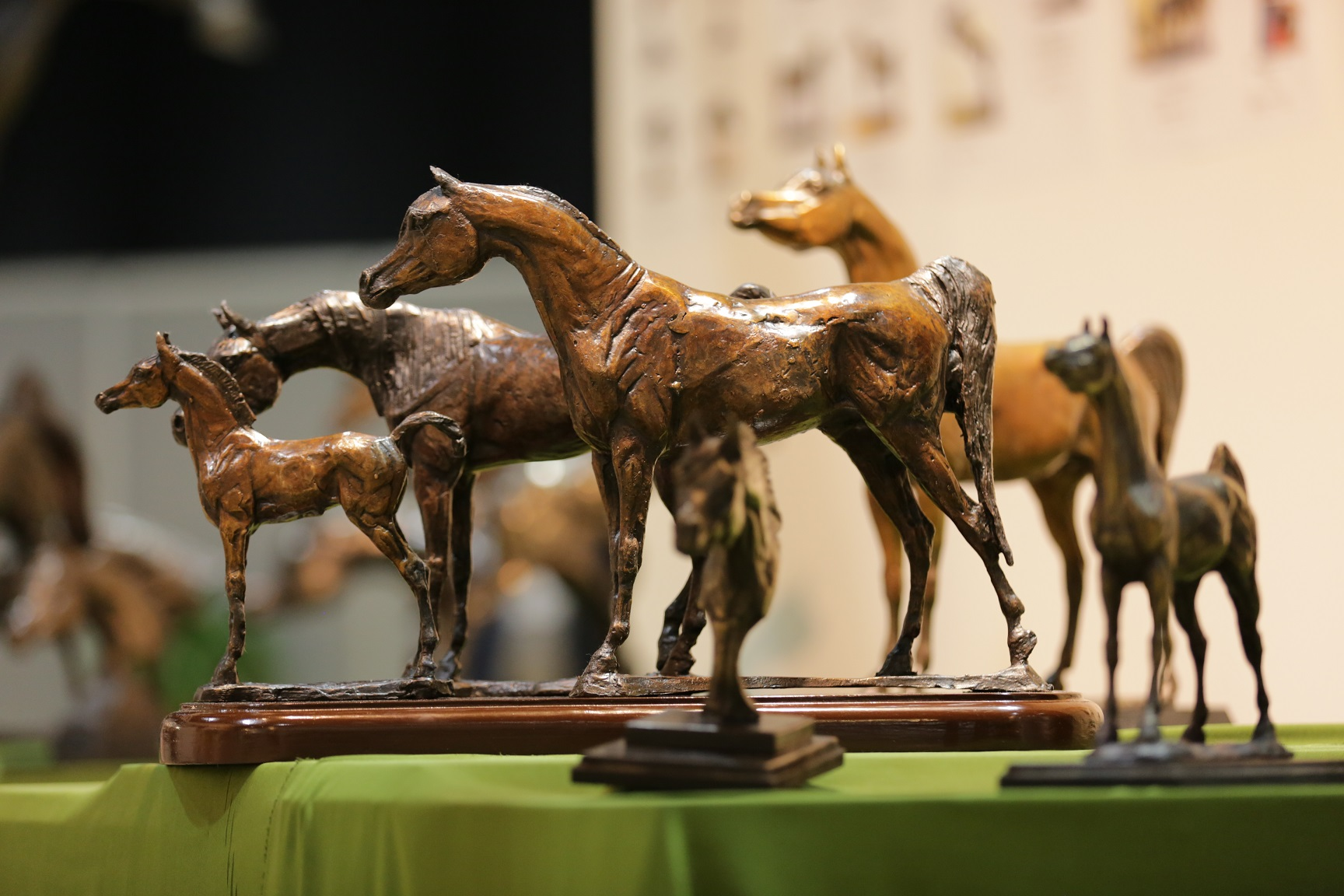 Horse Times Egypt: Equestrian Magazine :News :STROKE OF EQUESTRIAN GENIUS INTERNATIONAL ARTISTS PRESENT THEIR FINEST HORSE-THEMED PIECES AT DUBAI INTERNATIONAL HORSE FAIR ART GALLERY