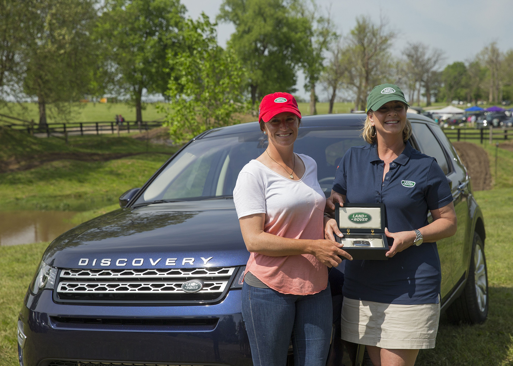 Horse Times Egypt: Equestrian Magazine :News :ERIN SYLVESTER AWARDED LAND ROVER DISCOVERY SPORT FOLLOWING