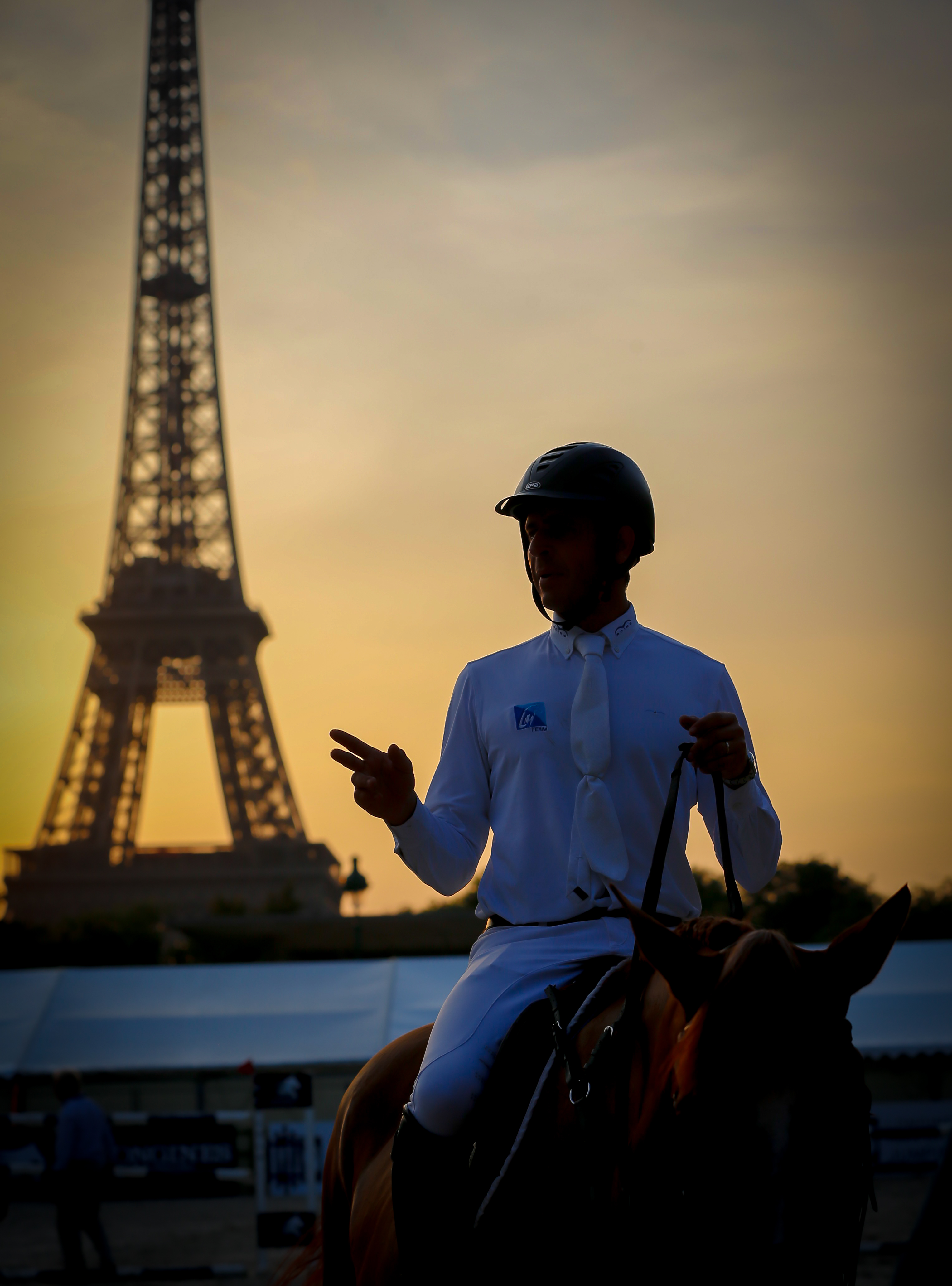 Horse Times Egypt: Equestrian Magazine :News :LONGINES PARIS EIFFEL JUMPING 4TH EDITION : International showjumping monuments under the Eiffel Tower